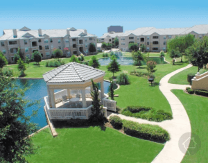 Luxury Apartments Lakeside Pavilion